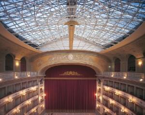livorno_teatro_goldoni_interno